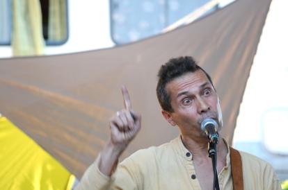 Conte musical - conteuse guitare - Lot Rampoux - Festival contes Duo Sèves et Veines 2